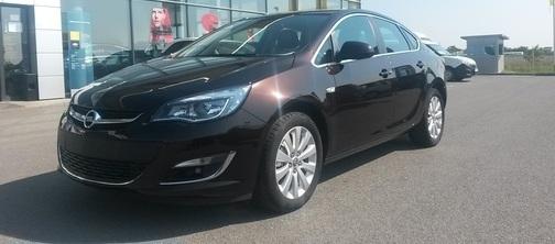 Актуална снимка на наличен Opel Astra Cosmo 1.6CDTI