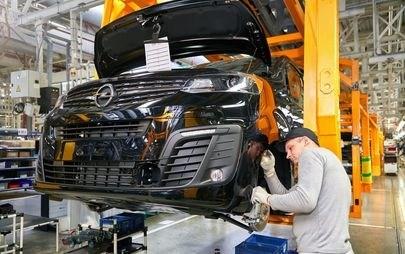 Opel се завръща в Русия: Zafira Life и Grandland X са при дилърите от днес