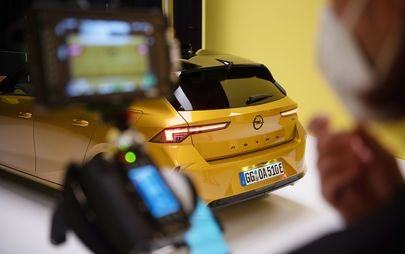 Новата Opel Astra - кампания в социалните медии: Дръзка, с изчистен и модерен дизайн